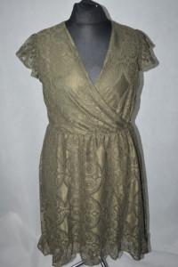 3 Koronkowa sukienka True Spirit XL...