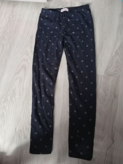 Spodnie i spodenki Leginsy