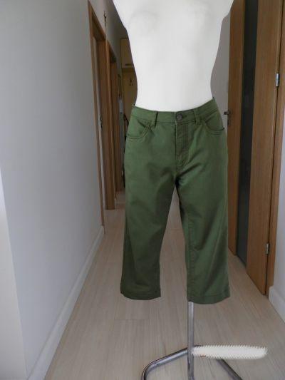 Spodnie Spodnie Bermudy Capri Oliwkowe Khaki Wąski Fason L