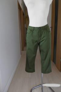 Spodnie Bermudy Capri Oliwkowe Khaki Wąski Fason L...