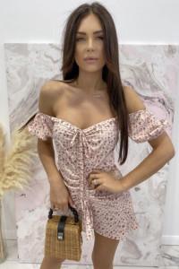różowa sukienka letnia wiosenna w kwiatki kwiaty kwiecista cott...