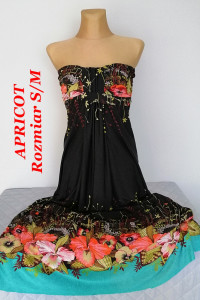 Apricot piękna długa sukienka w kwiaty...