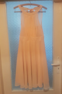elegancka sukienka morelowa...