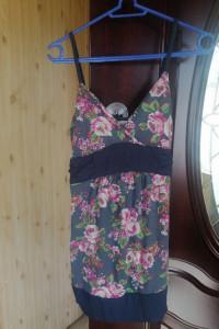 Tunika sukienka w kwiaty...