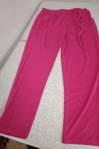 Różowe spodnie rekreacyjne 2XL...
