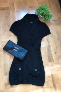 Krótka sukienka czarna okay rozmiar z metki 34...