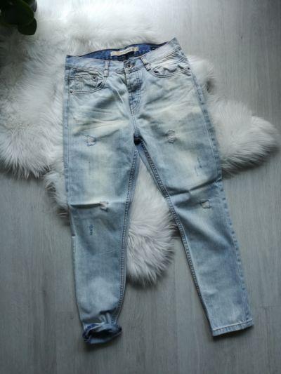 Spodnie Jeansy boyfriend z przetarciami Zara Premium XS jak nowe