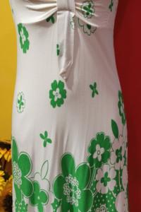 Sukienka na ramiączkach kwiaty