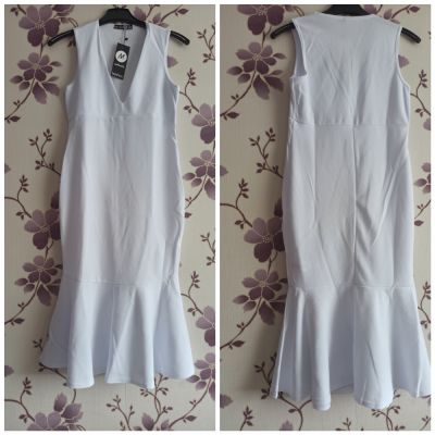 Suknie i sukienki Nowa sukienka marki boohoo