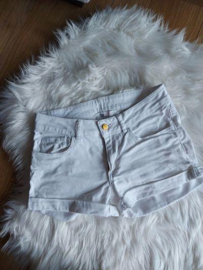 Spodenki Białe spodenki szorty H&M XS 34