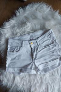Białe spodenki szorty H&M XS 34...