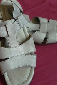 Medicus skórzane sandały 39 i 25cm
