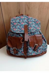 Plecak w kwiaty floral
