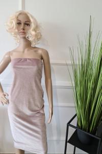 Sukienka gorsetowa w pudrowym różu...