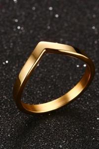 Nowy pierścionek stal szlachetna złoty kolor prosty modernistyczny celebrytka