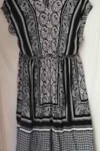 Sukienka z wiskozy PEACOCKS 42