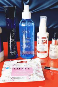 Zestaw kosmetyków różnych plus gratis...
