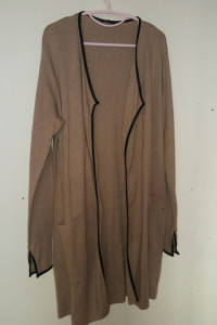 Beżowy długi sweter kardigan narzutka 44 46