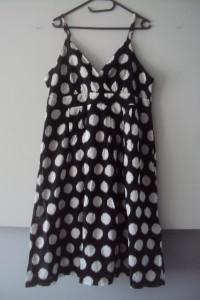 Bawełnina sukienka w grochy...