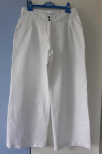 Mandarin & Mint białe przewiewne eleganckie spodnie wysoki stan r 42 jak nowe