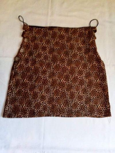 Spódnice Spódnica mini w panterkę z wycięciami na bokach