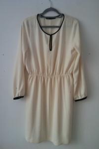 Zara Basic Kremowa zwiewna sukienka 42...