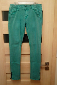 Spodnie damskie biodrówki turkusowe Reserved W31 L34 Slim...