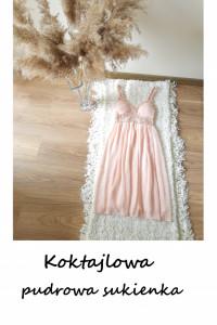 Pudrowa sukienka na ramiączkach XS S rozkloszowana wesele impre...