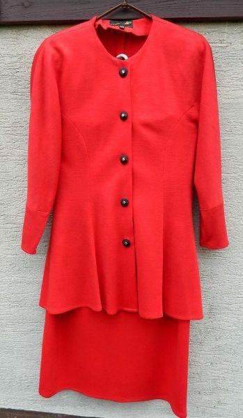 Garsonki i kostiumy Czerwona garsonka kostium elegancka szykowna