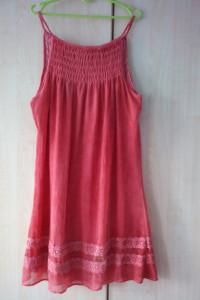 Khujo co koralowa trapezowa szyfonowa sukienka na ramiączkach z...