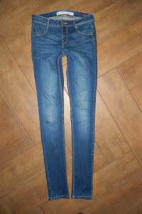 ZARA spodnie rurki jeans roz 34...