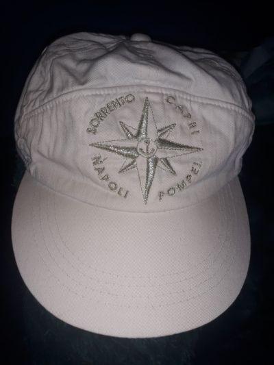 Nakrycia głowy Bawełniana biała czapka z daszkiem