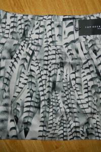 Top Secret elegancka spódnica WZOREK roz 34...
