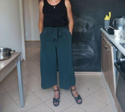 Pozostałe Szerokie spodnie Zara rozmiar S butelkowa zieleń