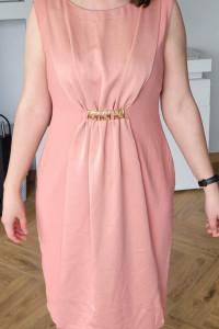 Nowa sukienka w rozmiarze 42...