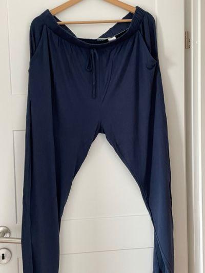 Spodnie Spodnie lekkie dresowe granatowe PEPCO rozm XXL