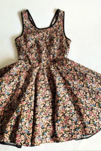 Sukienka na tiulowej halce S Style Mina...
