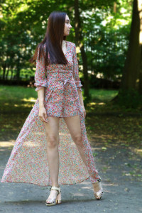 Wielobarwna sukienka...