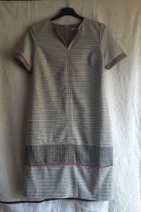 Dopasowana sukienka Quiosque rozmiar 36