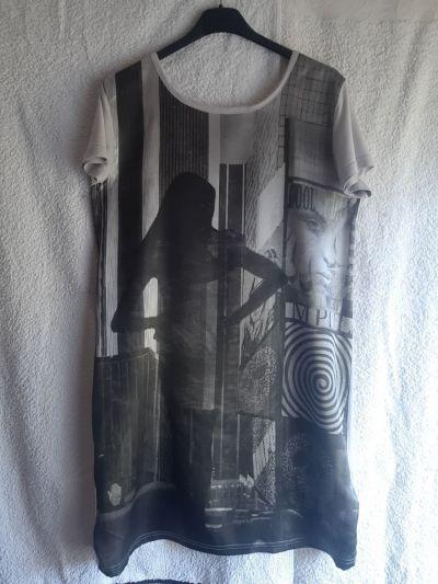 Suknie i sukienki Szara sukienka tunika z nadrukiem Divided by H&M rozmiar M