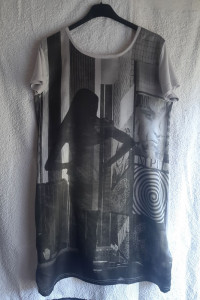 Szara sukienka tunika z nadrukiem Divided by H&M rozmiar M