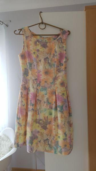 Suknie i sukienki Sukienka w kwiatki rozmiar 34