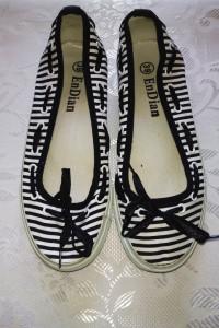 Marynarskie czarno białe buty baleriny 39 baletki emo