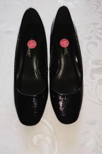 Czarne eleganckie buty czółenka basic na obcasie 38...