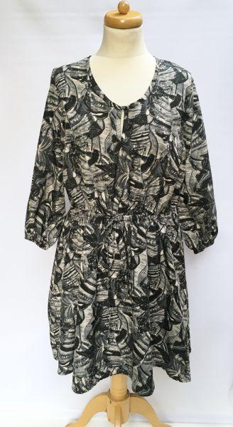 Suknie i sukienki Sukienka Wzory M 40 42 Miss Milla Kwiaty Rozkloszowana