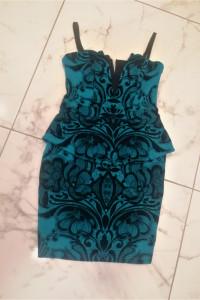 Zielona sukienka z baskinką Lipsy London Wesele Party...