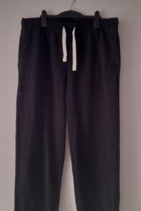 Czarne dresowe bawełniane spodnie 52 54...