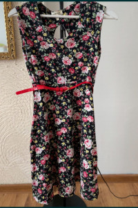 Sukienka Monteau Rozmiar S W kwiaty...