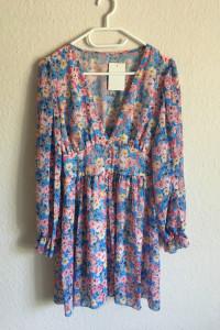 Szyfonowa sukienka...