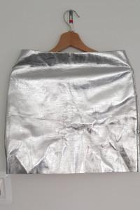 Srebra spódniczka H&M...